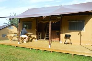 Tente Lodge  luxe avec salle de bain tout confort