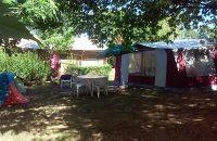 emplacement tente caravane ombragé
