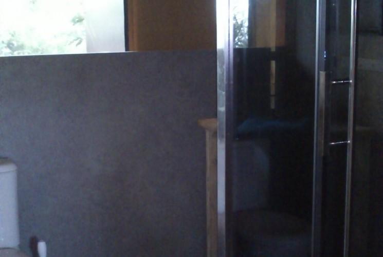 Room upscale bath unusual accommodation Aquitaine
