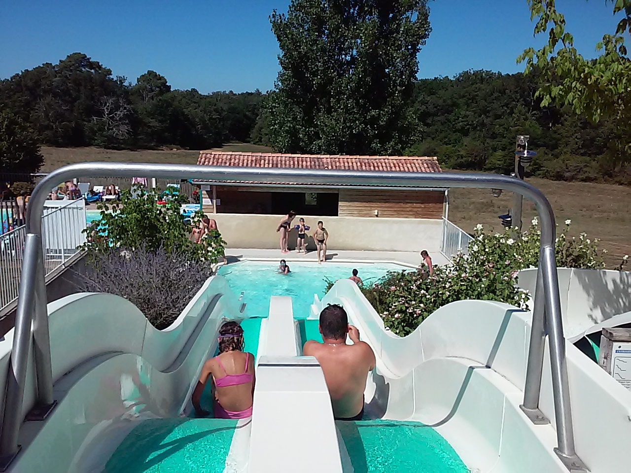 Camping dordogne pas cher 4 toiles promo camping for Camping sarlat avec piscine
