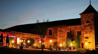 Camping Dordogne 3 étoiles avec piscine chauffée et parc aquatique!