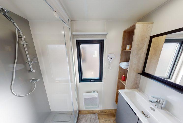 Salle de bain CH 2 et CH 3